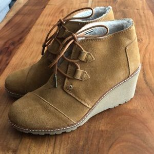 Toms Wedge Dessert Boot With Lining